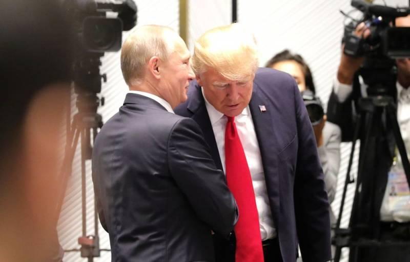 Daily Mail: Разговоры Путина и Трампа напоминают общение двух мужиков в парилке