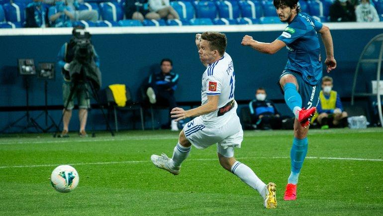 Дзюба иАзмун отправили «Оренбург» вФНЛ. «Зенит» размялся перед «Спартаком»