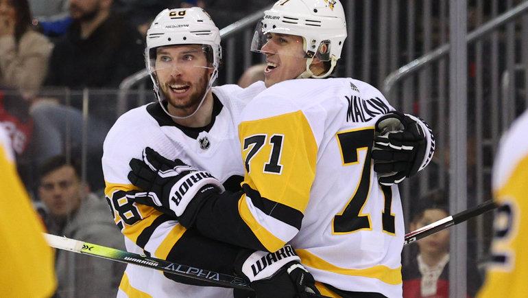 НХЛ возобновила чемпионат. Как впервый день сыграли россияне?