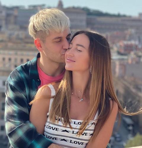 Ольга Бузова и Дава показали нежные объятия после слухов о расставании