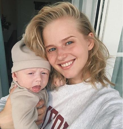 Бортич впервые показала себя во время беременности