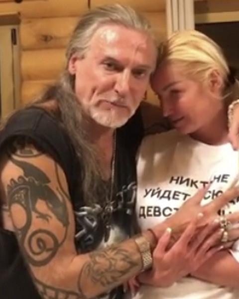 Никита Джигурда облапал пьяную Анастасию Волочкову