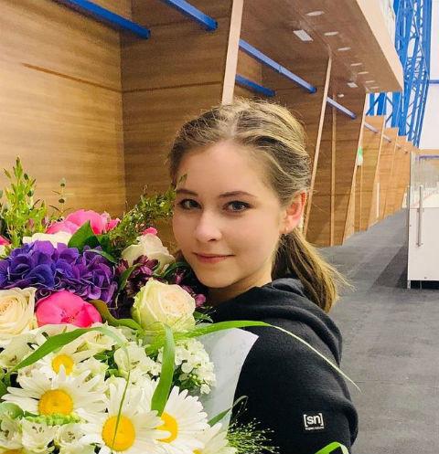 Юлия Липницкая впервые показала лицо дочери