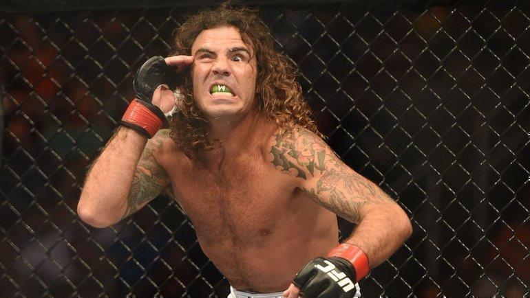 «Звонит Дана: «Клэй, ядам тебе 10 тысяч баксов, если тыподстрижешься». Роскошная история ответерана UFC